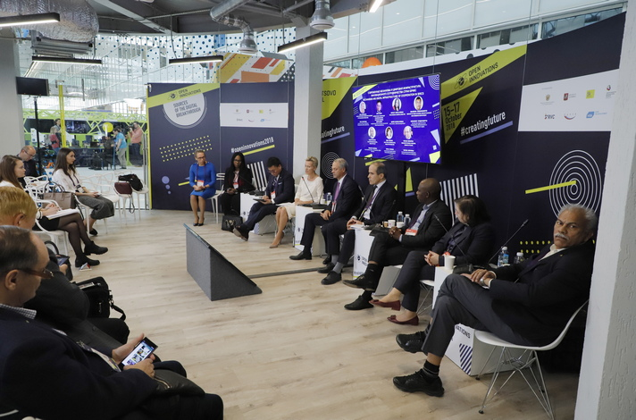 Innovative cooperation among BRICS discussed at Skolkovo