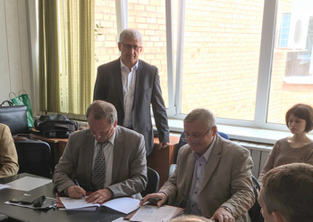 Cluster of nuclear and nanotechnologies in Dubna and the UNIDO Centre signed the Joint Declaration